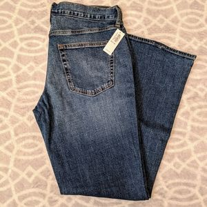 Old Navy Boot Cut Jeans. NWT.